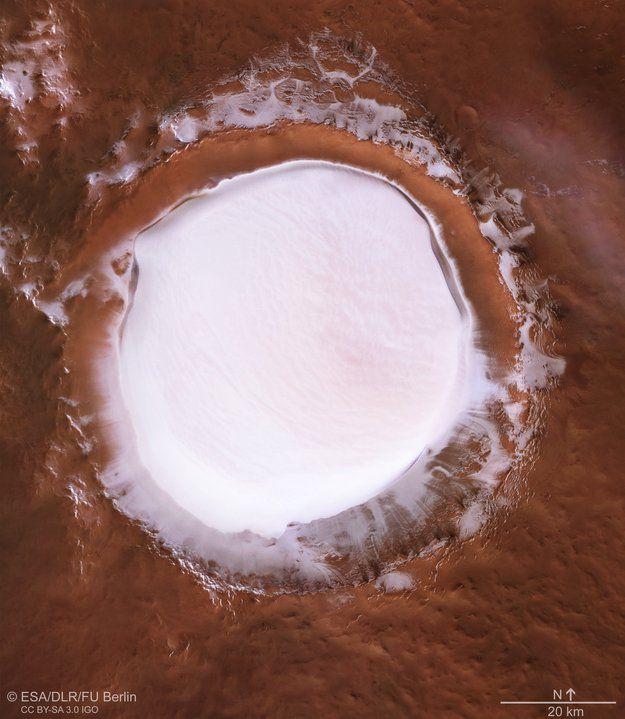 Marte, il ghiaccio nel cratere Korolev
