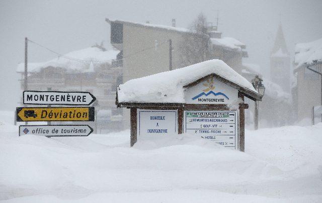 Monginevro, migrante trovato congelato al confine Italia-Francia