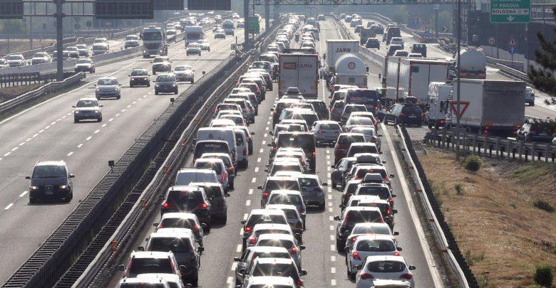 Roma seconda al mondo per le ore passate nel traffico