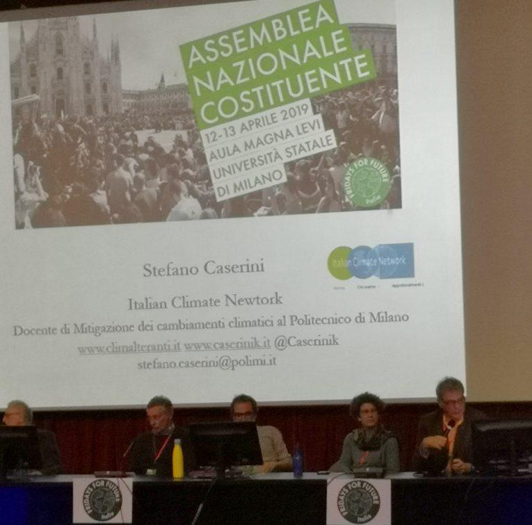 Greta Thunberg arriva in Italia, venerdì in piazza a Roma