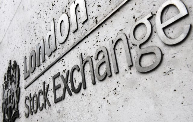 Borsa: Europa in calo, Milano -0,3%