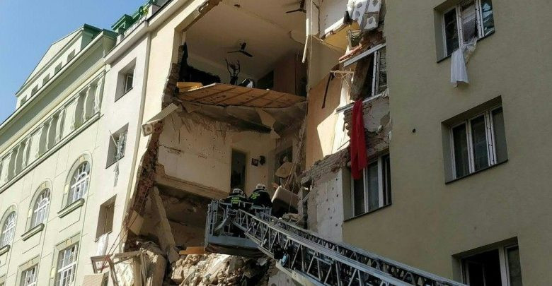 Crolla palazzo a Vienna, 14 feriti