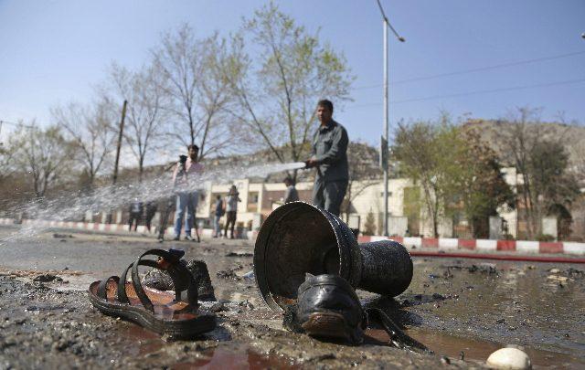 Esplosione all'università di Kabul, almeno 6 morti