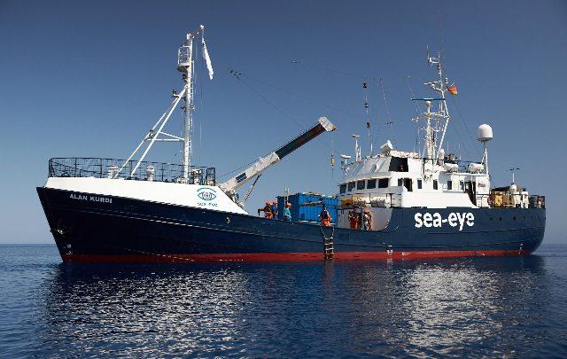 Nave Alan Kurdi, un naufrago ha tentato il suicidio