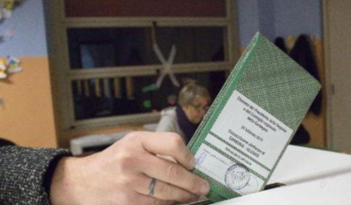 Voto a 16 anni: la proposta di Letta, il parere di Conte