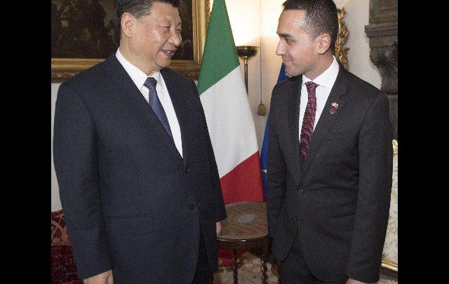Cina: Xi invita Di Maio al tavolo dei leader