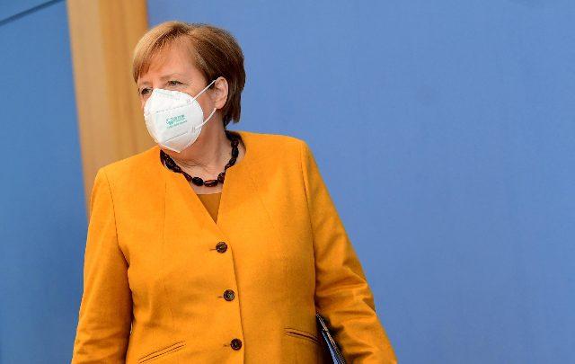 Merkel, 4 mesi lunghi, lontana la luce a fine tunnel