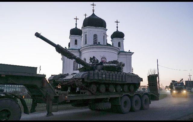 Ucraina: vietato l'ingresso nel Paese agli uomini russi. Foto ANSA