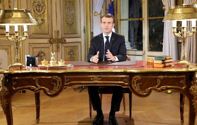 Incendio Notre-Dame, Macron