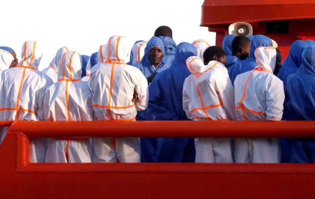 Mediterraneo, oltre 600 migranti salvati in poche ore