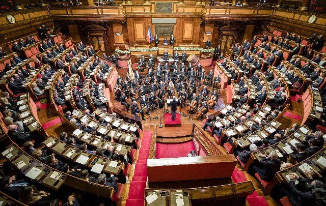 Manovra riprendono i lavori in commissione bilancio alla for Commissione bilancio camera
