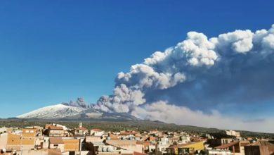 Etna in eruzione. Crediti: Instagram/andreascandura