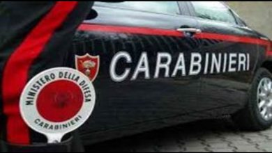 Catania, uomo ruba Fiat 500 e poi si costituisce