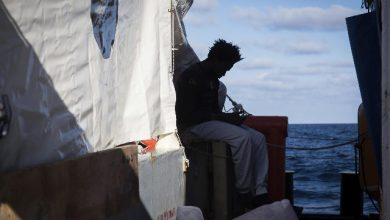 Papa: appello per i migranti a bordo della Sea Watch e della Sea Eye