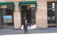 Caso Trieste, le reazioni tra polemiche e gesti di solidarietà