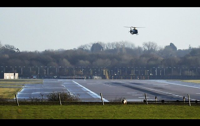 Heathrow: avvistato un drone, partenze bloccate
