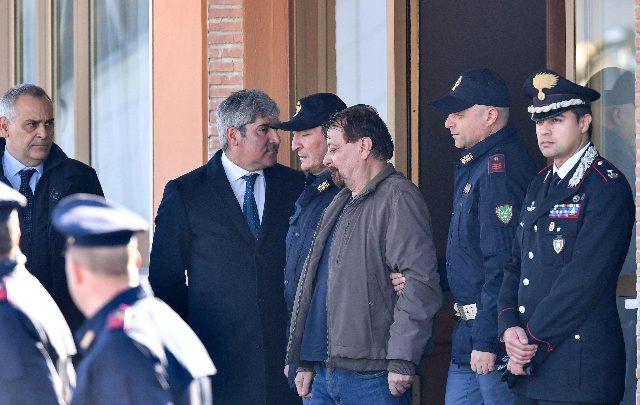 Cesare Battisti non andrà a Rebibbia, ma a Oristano