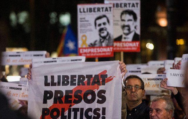 Catalogna, al processo i leader del movimento indipendentista