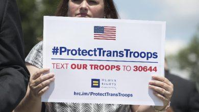 Transgender nell'esercito USA: resta il bando di Trump