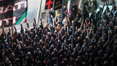 Manifestazione neofascista a Roma, aggrediti un giornalista e un fotografo dell'Espresso