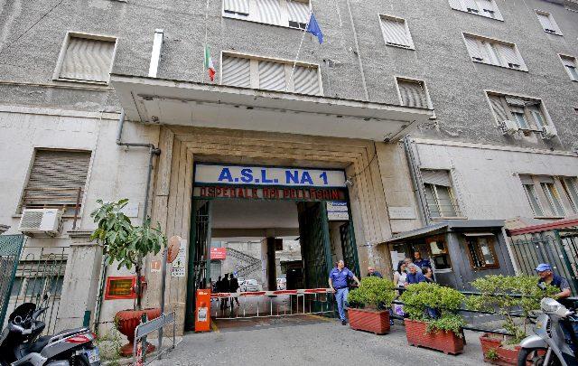Napoli, si indaga sull'origine delle blatte all'ospedale Vecchio Pellegrini