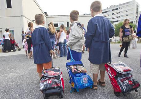 Lecce, maestra sospesa per maltrattamenti