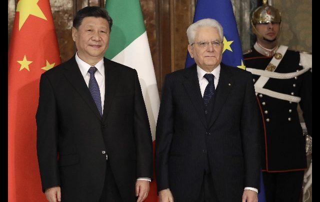 Xi Jinping ricevuto da Mattarella a Roma