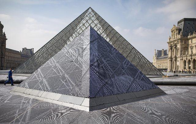 Piramide del Louvre - Foto ANSA