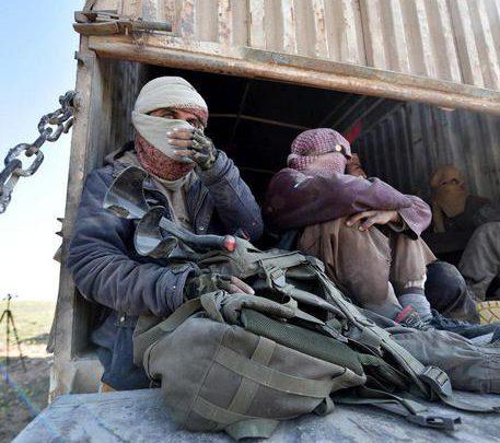 Siria, sospesi i negoziati per il rilascio degli ostaggi dell'Isis