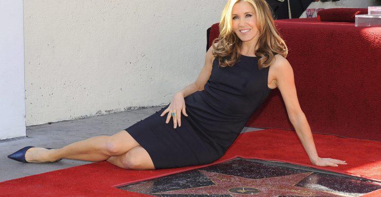 Mazzette per far entrare i figli al college: coinvolti molti vip di Hollywood