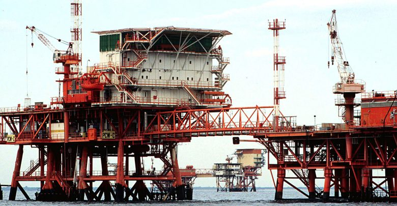 Ancona, incidente su una piattaforma petrolifera Eni