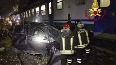 treno travolge auto perugia