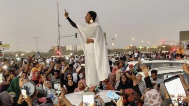 Sudan regina donna protesta