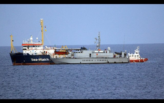 sea watch migranti