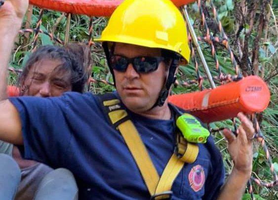 Insegnante Yoga foresta Hawaii