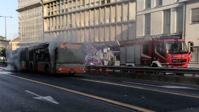 autobus in fiamme genova