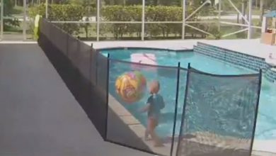 bimbo piscina video padre