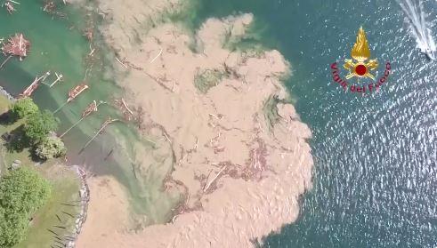 maltempo dervio lago detriti video