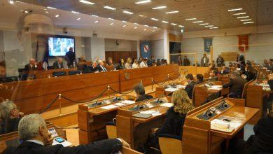 regione campania 34 consiglieri contestati