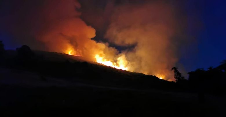 Fiamme incendio - FB:Meteo e Territorio Rocca di Papa