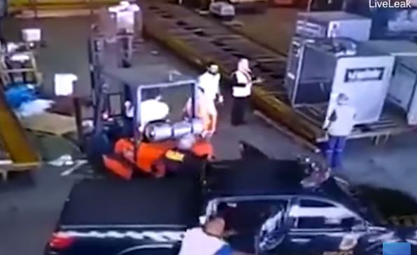 video rapina aeroporto