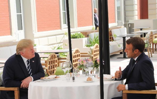G7 Donald Trump e Emmanuel Macron - Foto ANSA