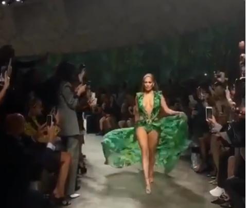Milano Fashion Week - Jennifer Lopez