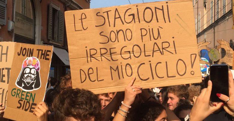 sciopero clima slogan foto