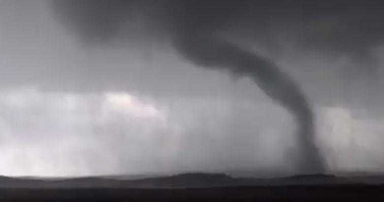 tornado video wyoming dakota