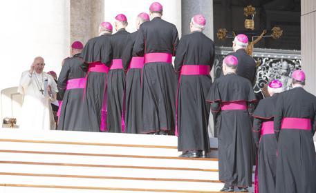 Chiesa preti sposati vescovi