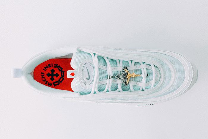 nike jesus sneakers gesù