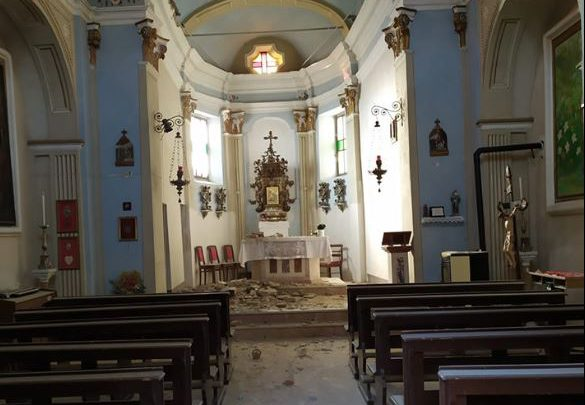 pavia chiesa crollo