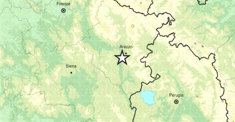 terremoto arezzo oggi