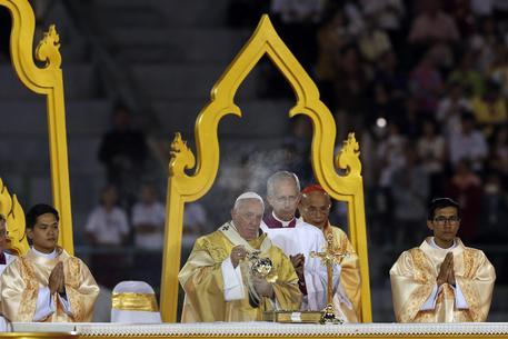 Papa Francesco thailandia prostituzione